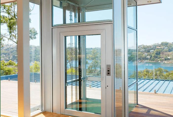 (العربية) أيهما أفضل لمنزلك: المصعد الكهربائي الداخلي أم الخارجي؟